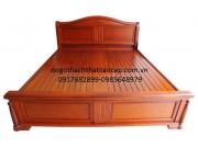 Giường ngủ gỗ Dổi GN-18