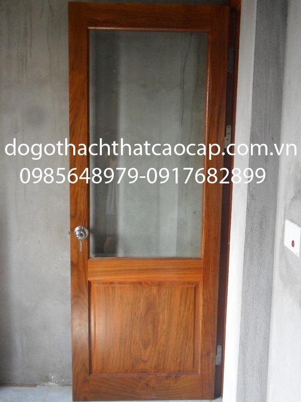 cửa gỗ panô kính